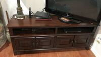 Entertainment center with removable upper part