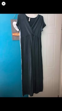 Maternity dress  Crestview, 32539