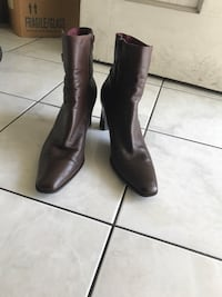 Dark Brown Leather Boots 8 1/2 Norwalk, 90650
