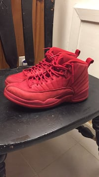 red jordan 12s Washington, 20011
