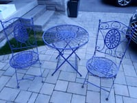 Metal outdoor table and chairs Richmond Hill, L4E 0X3