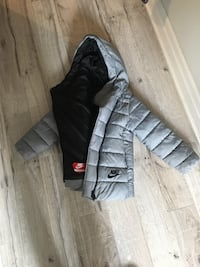 Girls Nike winter jacket  Toronto, M4K 2J6