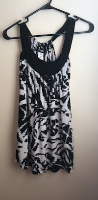 Black and white tank top San Angelo, 76903