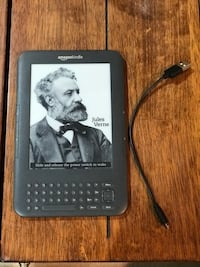 Amazon Kindle 3G with Charging Cable