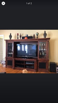 Entertainment center Charlotte, 28216