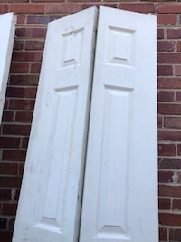 """Closets Bifold doors. 24""""x80"""" inches never use for only 40$ for both.! Hyattsville, 20782"""