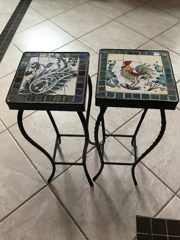 2 White and black small tables