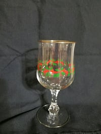 Set of 10 Gold Rim Christmas Dinner Stemware
