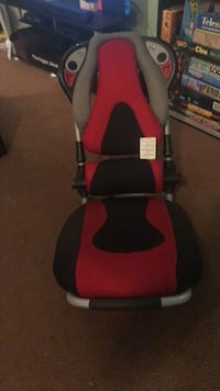 X rocker gaming chair missing cords  Toronto, M5A