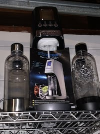 Black Soda Stream Machine & Bottles Altamonte Springs, 32714