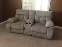 Electric reclining couch North Las Vegas, 89032