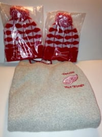 Detroit Red Wings Knit Sweater Size Medium Plus 2 Toques London