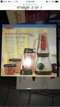 Blender express plus... still in box.. never used  Santa Rosa