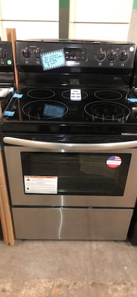 New scratch and dent stainless steel electric stove Baltimore, 21223
