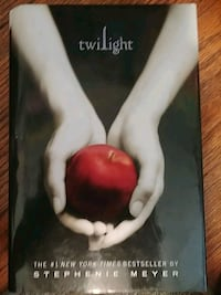 Twilight by Stephenie Meyer book Griffith, 46319