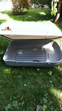 white and grey car roof cargo box Whitby, L1N 5M2