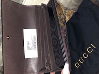 100% Authentic Gucci Wallet (includes tag, dust bag &box) 561 km