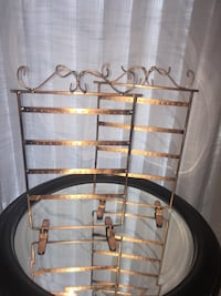 Earring stands