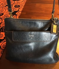Gently used black Fossil crossbody purse and matching wallet. $35 total for both. No rips or stains. Mississauga, L5M 3V4