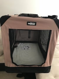 New Soft Dog Crate Up to 90 lbs 3 1/2 Ft Las Vegas, 89134