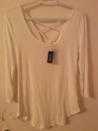 Women's white long sleeve scoop neck top ~ streetwear society New Westminster, V3M