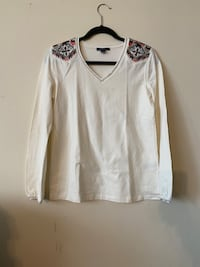 Tommy Hilfiger top: size S Toronto, M9A 4W3