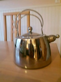Tea kettle brand new Toronto, M8X 1B6