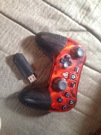 Orange wireless PS3 controller Guelph, N1H