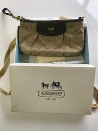 New original coach purse with gift box in packing, new with tags, perfect for gifting