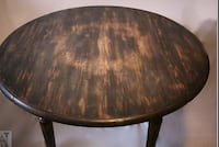 Solid oak distressed table  Scotia, 12302