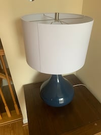 Lamp and end table Ellicott City, 21043