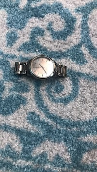 Round silver-colored analog watch with link bracelet Fairbanks, 99701