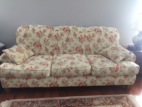 White and pink floral fabric 3-seat sofa