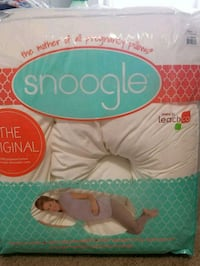 Snoogle body pillow(un used) San Diego, 92122