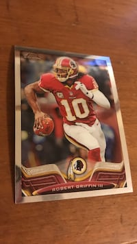 Robert Griffin 3 trading card (small bend)