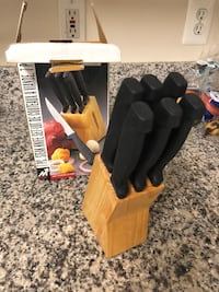 Knife block - steak knives Alexandria, 22304