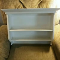 Very nice Wooden shelf, with inserts on back .. Peterborough, K9J 4Y9