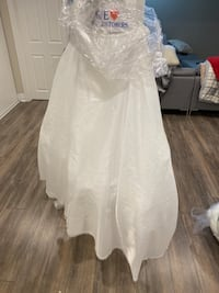 Skirt for under wedding gown  Markham, L3P