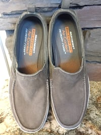 BRAND NEW MENS  SKETCHERS SHOES