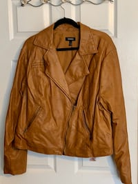 Plus Size/Torrid (Size:3) Tan Leather Jacket