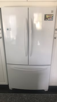 White french-door refrigerator Edmonton, T5T 2X6