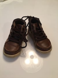 Amazing Brown shoes size 5 Raleigh, 27603