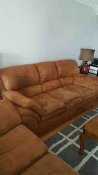 brown fabric 3-seat sofa Brampton, L6X 4Z6