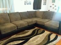 Sectional couch  Plant City, 33567