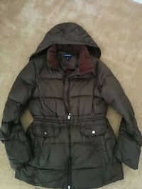 black zip-up bubble jacket Montclair, 22025