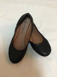 Women's LUCKY BRAND black cushioned flats…Size 7 –7 1/2?