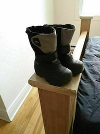 black-and-brown Kappa duck boots