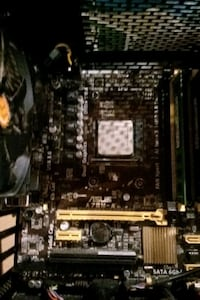 Asus a78m-a motherboard and amd fx 6800 combo Mississauga, L5L