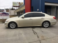 *Clean Carfax* 2012 Hyundai Genesis 4dr - GUARANTEED CREDIT APPROVAL Des Moines