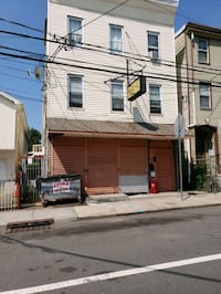 COMMERCIAL For Sale 4+BR 4+BA Newark